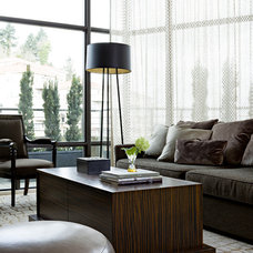Eclectic Living Room by Jenny Baines, Jennifer Baines Interiors