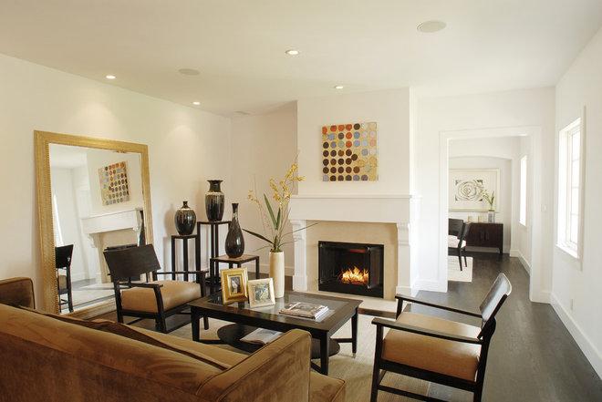 Contemporary Living Room by Gathrid design