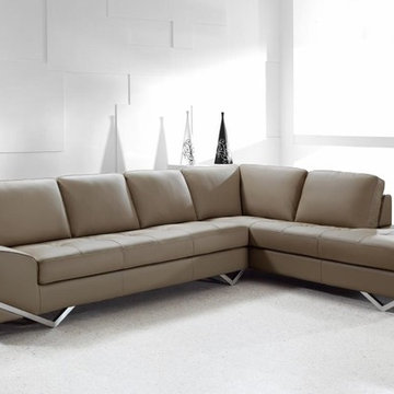 Contemporary Sectional Sofa in Latte Leather