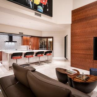 フェニックスの大きいコンテンポラリースタイルのおしゃれなLDK (茶色い壁、木材の暖炉まわり、埋込式メディアウォール、白い床) の写真
