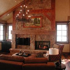 Traditional Living Room by TAB ASSOCIATES INC