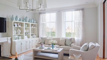 Cosmopolitan Classic Living Room