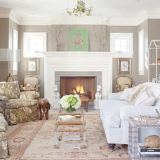Traditional Living Room by Nest Architectural Design, Inc.