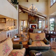 Traditional Living Room by Sorento Design, LLC.