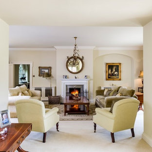 Inspiration For A Classic Living Room In Wiltshire.