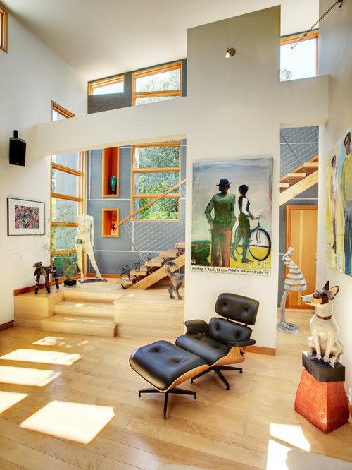 Artsy Living Room: Artsy Living Room