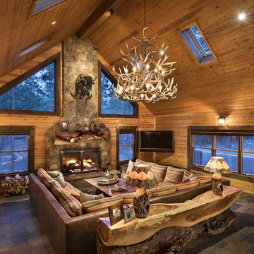 Cozy Cabin with Rustic Charm