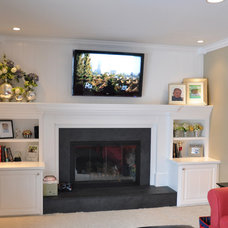 Traditional Living Room by Jocelyn Privett