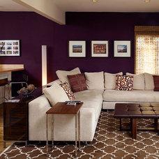 Eclectic Living Room by Erica Islas  / EMI Interior Design, Inc.