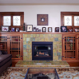 Living room - craftsman living room idea in Los Angeles
