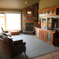 Craftsman Living Room by R Henry Construction Inc.