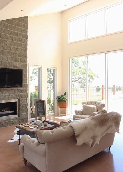 Country Living Room by RedAgape Blog