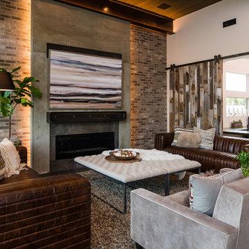 Creek Pointe  |  Livingroom