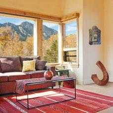 Southwestern Living Room by BARRETT STUDIO architects