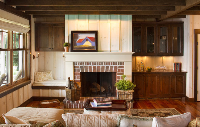 Farmhouse Living Room by Michelle Fries, BeDe Design, LLC
