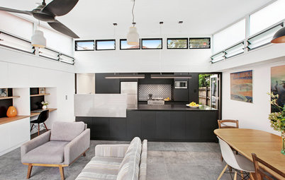 A Classic Federation Home Gets a Cool, Industrial-Style Extension