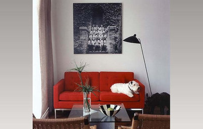 10 Furniture Arrangements for Small Living Rooms