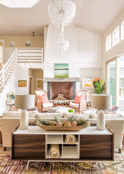 Beach Style Living Room by Nicola's Home