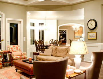 Custom Colonial Cottage