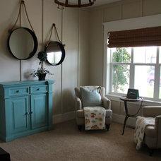 Craftsman Living Room by Jake Hulet Construction