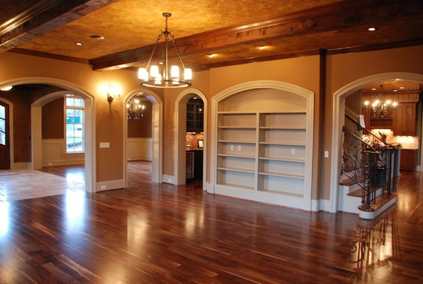 Traditional Living Room by Carpenter Construction, Inc.