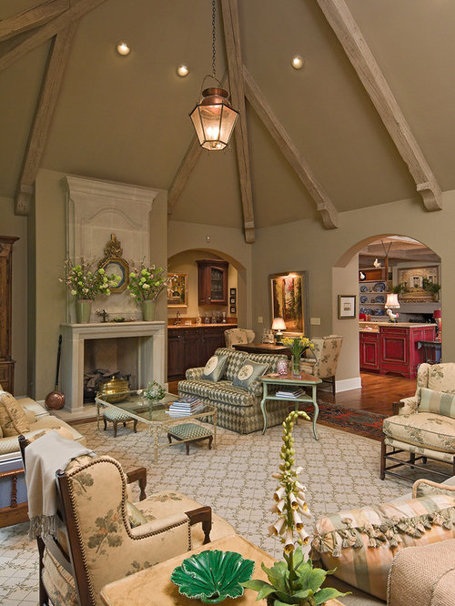 Classic Living Room Decor: English Cottage Sofas Ideas, Pictures, Remodel And Decor