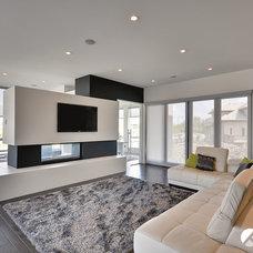 Contemporary Living Room by Kanvi Homes