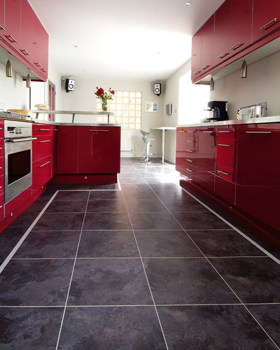 Modern Kitchen by Karndean Designflooring