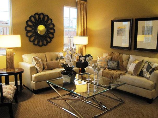 Contemporary Living Room by Klang & Associates