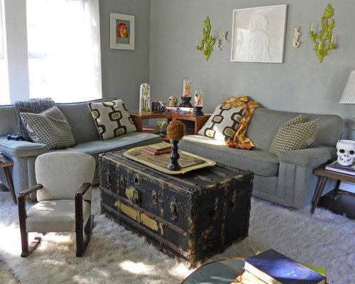 Eclectic Living Room Photo In Dallas With Gray Walls And Dark Hardwood Floors