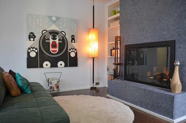 My houzz humor and kitsch meet midcentury modern for Living room joke