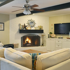 Traditional Living Room by Sarah Greenman
