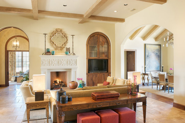 Traditional Living Room by David Lewis Builder
