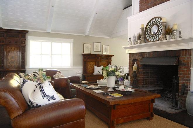 Traditional Living Room by Dana Nichols