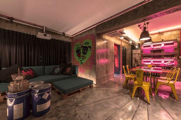 Eclectic Living Room by ERStudio Pte Ltd