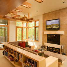 Beach Style Living Room by Joseph Metzler / SALA Architects