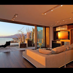 living room by DigitalProperties.ca