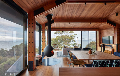 Houzz Tour: Addition Preserves Original Postwar Beach House