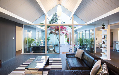 Houzz TV: Reinvigorating a Gable Eichler for a Family