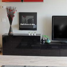Modern Living Room by Wish Decor
