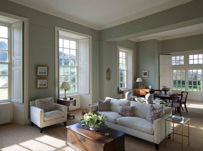 Traditional Living Room by MG Interior Design