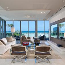 Contemporary Living Room by Artefacto USA