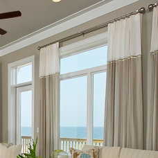 Beach Style  by In Detail Interiors