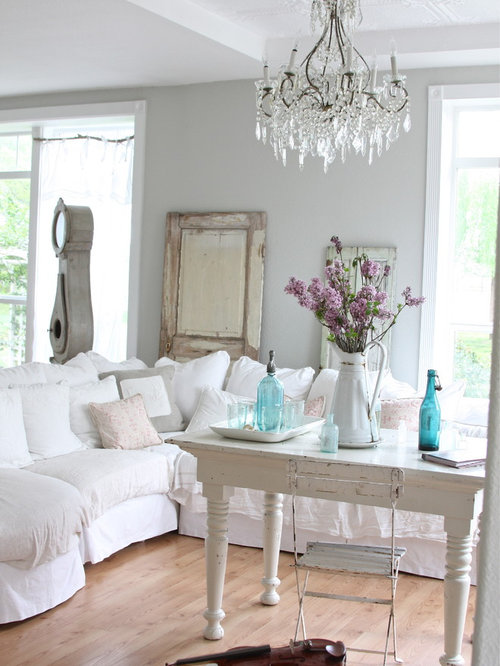 Shabby chic style living room design ideas renovations for Grey shabby chic living room ideas