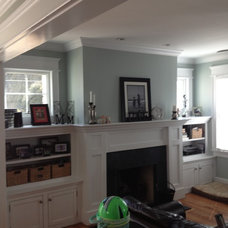 Traditional Living Room by Reaney Builders Inc.