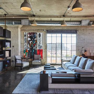 DTLS Industrial Loft Apartment: Living room