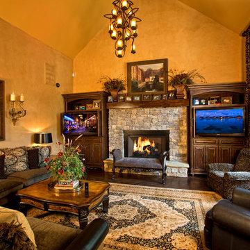 Dual TV's: Living room