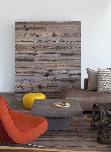 Modern Living Room by DuChateau Floors
