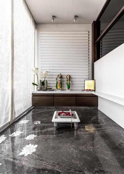 Contemporary Family Room by Rakeshh Jeswaani Interior Architects