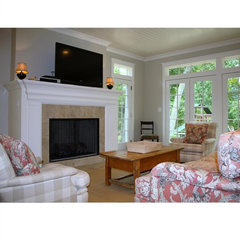 traditional living room by Heidi Hornaday, Architect, P.C.